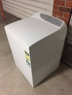 Great Fisher & Paykel 7.5 kg top loader washing machine