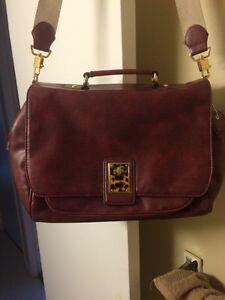 Gorgeous Liz Claiborne Messenger Bag/Purse New Condition