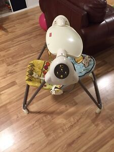 FISHER PRICE SPACE SAVER BABY SWING SET West Island Greater Montréal image 2