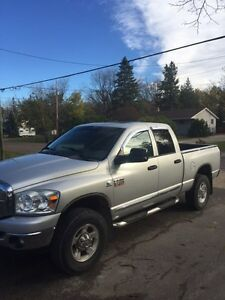 2009 Dodge 2500 Diesel Fully Loaded