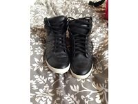 Wedge hi top shoes