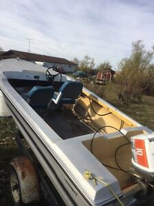 14ft fishing boat Moose Jaw Regina Area image 1