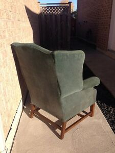 Green wingback chair Windsor Region Ontario image 3