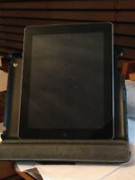 iPad 2 64GB Wifi Comme NEUF et Peu utilisé/Like New Not much use