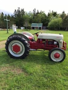 1940 ford 9N tractor with finishing mower