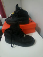 nike air force all black size 6Y