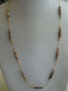 "CLASSY LITE-WEIGHT ""SLIP-OVER-THE-HEAD"" SHELL NECKLACE"