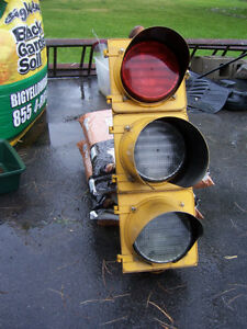Set of vintage metal traffic lights Kingston Kingston Area image 2
