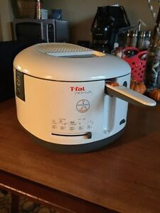 T-Fal Deep Fryer - ** excellent condition  Kawartha Lakes Peterborough Area image 1