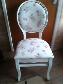 Set of 4 schabby chick chairs