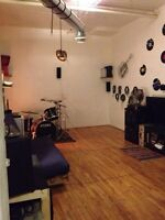 JAM SPACE TO SHARE-200$/MONTH