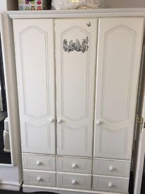 3 Door Wardrobe with 4 Drawers and matching 6 Chest of Drawers