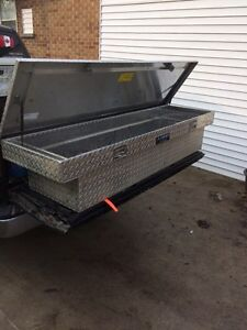 Truck tool box with keys