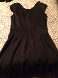Dresses for sale London Ontario image 2