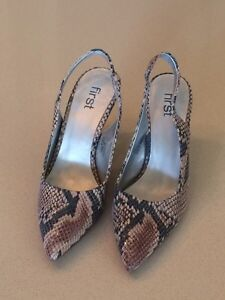 Beautiful sling backs new!  Size 7 West Island Greater Montréal image 2