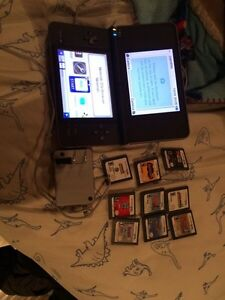 Nintendo DS - with charger and 10 games