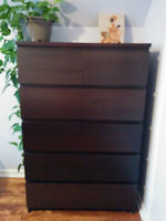 Ikea Malm 6 drawer dresser - in excellent condition