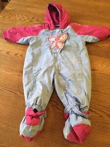 Girls snow suit 9month