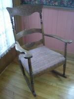 Chaise bercante press back, dieu des vents