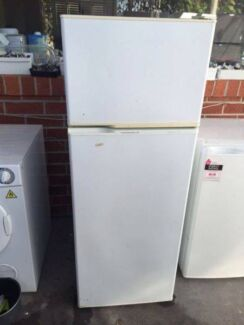 great working 220 liter kelvinator fridge , can delivery at extra