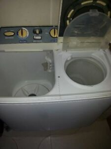 Looking for a washer/spinner machine