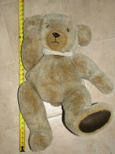 """Large 30"""" Moveable Teddy Bear London Ontario image 1"""