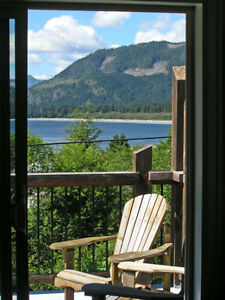 Accommodations Port Renfrew - Summer fishing & hiking!