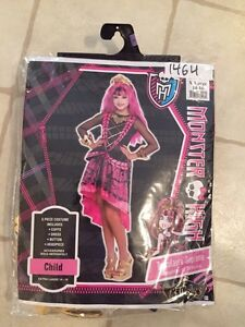 MONSTER HIGH HALLOWEEN COSTUME WITH BRAND NEW MAKE UP