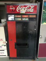 Coca cola, coke, pop can Vending Machine
