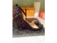 Dune Wedge Sandal with the lace Sz 5.5