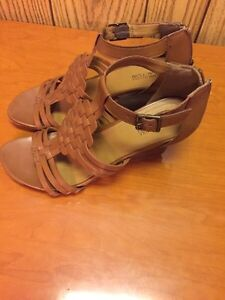 KENNETH COLE REACTION size 8.5