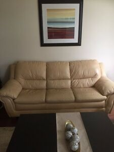 Two pieces leather sofa Kitchener / Waterloo Kitchener Area image 2