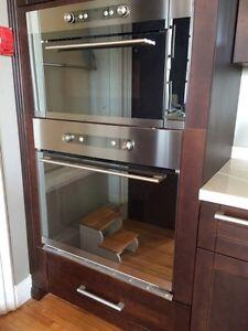 Oven & microwave  Cornwall Ontario image 1