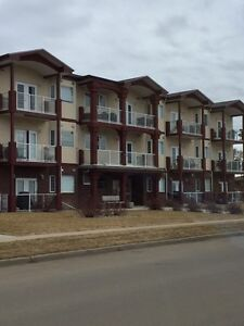 GREAT REDCLIFF CONDO