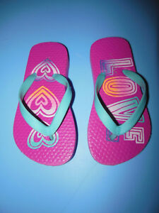 Toddler Girls Flip Flops Size 8/9