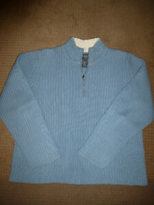 Van Heusen Blue Sweater XL