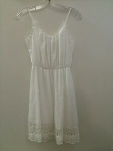 Ladies White Sundress From Old Navy - XS - Brand New/Never Worn
