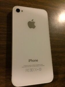 iPhone 4S - Unlocked (looking to sell today!!) London Ontario image 2