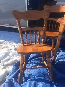 Table and chairs  Strathcona County Edmonton Area image 3