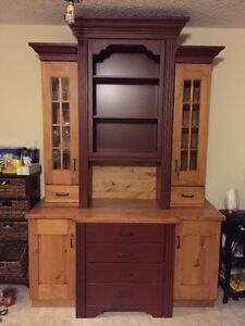 Beautiful solid pine hutch/China cabinet