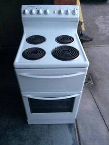 Westinghouse Electric Upright Stove & Oven Isaacs Woden Valley Preview