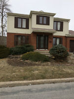 House for rent, South Shore/Maison a louer, Brossard, Rive-Sud