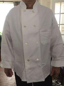Uniforme neufs (3) de cuisinier et chapeau