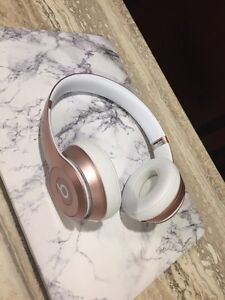 Beats wireless headphones- Rose Gold  Kitchener / Waterloo Kitchener Area image 1