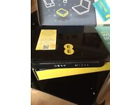 Bright EE router wifi box ,full working order, easy to sat up. 📦