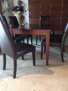 Dining room table with 6 chairs Kitchener / Waterloo Kitchener Area image 3
