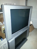 Free Flat Screen Sony TV & Stand
