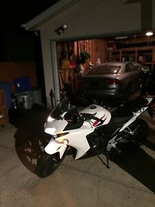 2013 Honda CBR 500 RA less than 4100 Kms !