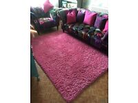 LARGE PINK SHAGGY RUG. Ex CONDITION!