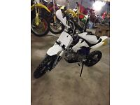 2016 Lmx 125 pitbike like new (not a stomp)
